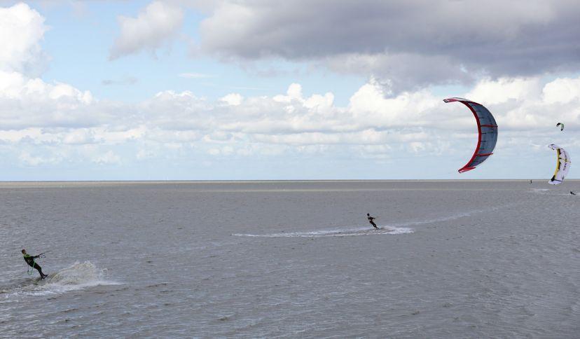 Kitesurfer auf der Nordsee, © Die Nordsee GmbH, Robin Schneider