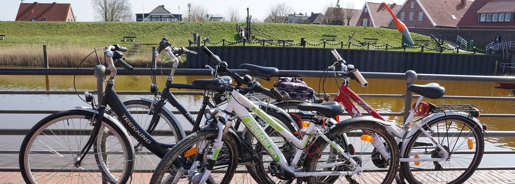 Fahrräder in Hooksiel, © Die Nordsee GmbH, Jantje Olchers