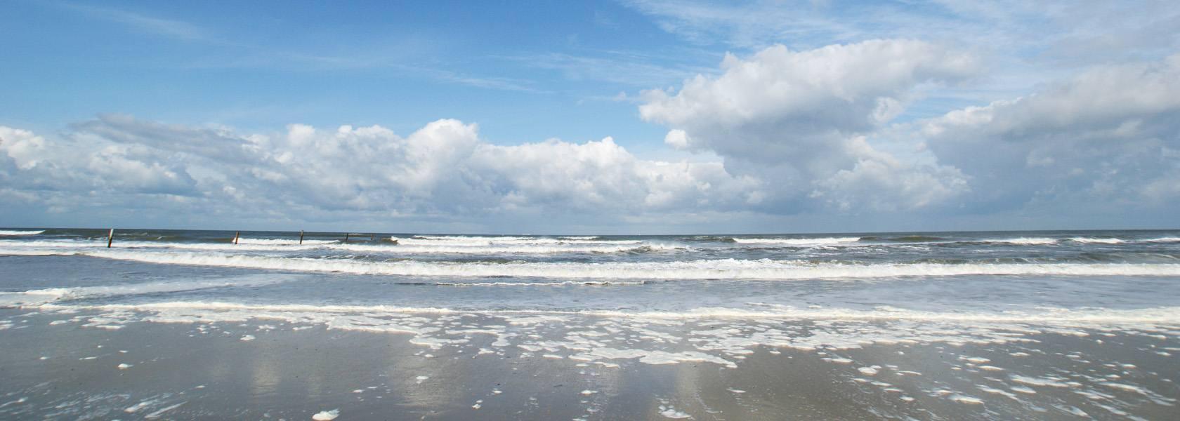Wellen am Strand, © Dirk Topel