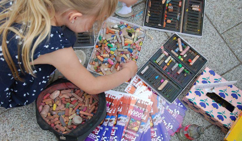 Kinder StreetArt, © Wilhelmshaven Touristik & Freizeit GmbH