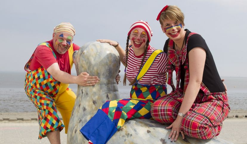 Clowns im Leuchttürmchen-Club, © Kurverein Neuharlingersiel e.V., Martin Stöver