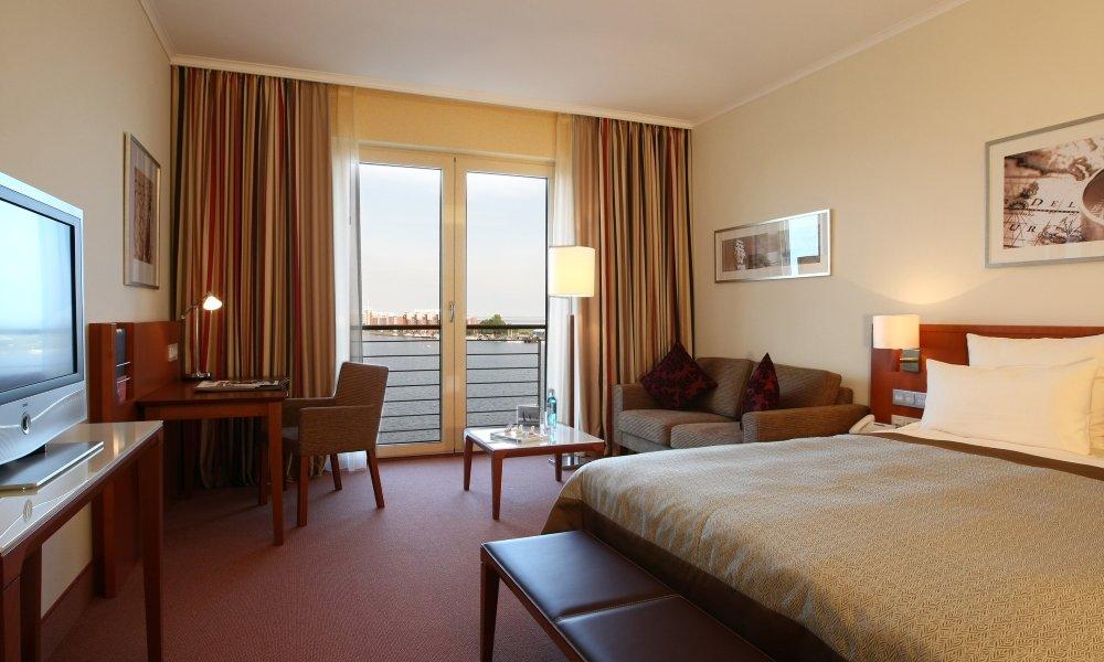atlantic_superior-zimmer-hafenseite, © ATLANTIC Hotel Wilhelmshaven